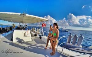 2014.11.Cayman.boat1w