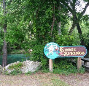 2015-04.GinnieSprings.welcomesign.w